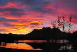 lac-de-l-arena-et-le-rocher-de-roquebrune.jpg